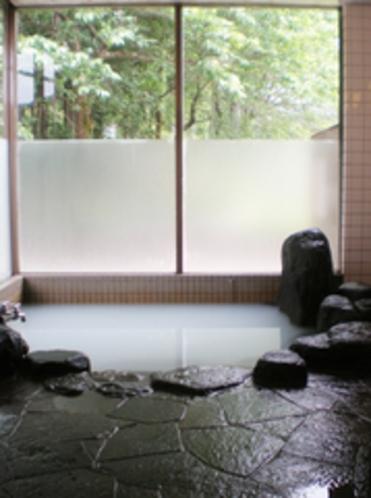 岩風呂ー鉱泉の湯