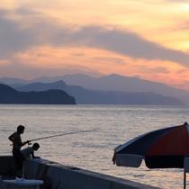 *ホテル目の前では海釣りもできます。