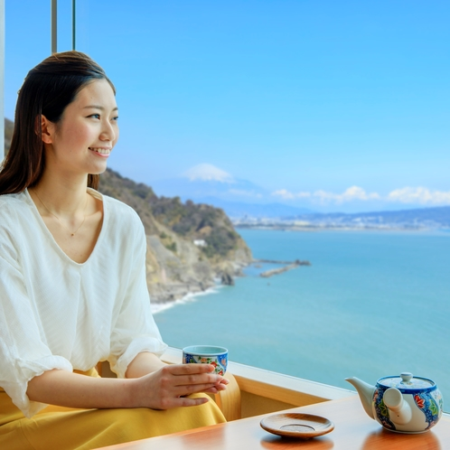 全客室より、富士山と駿河湾が一望できます。