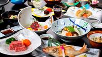 【日帰り】のんびりお部屋4時間利用!旬の味覚と贅沢食材を堪能!<華やぎ会席>