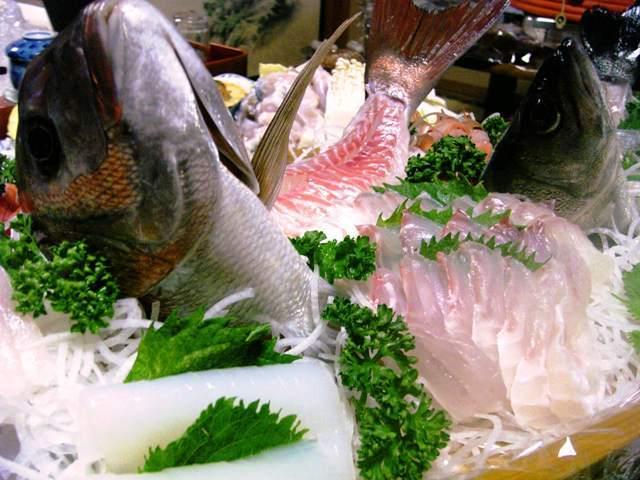 新鮮とれたて魚の舟盛