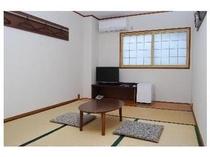 2011年リニューアル。落ち着いた空間の和室です。