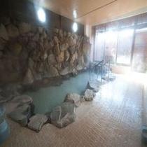 湯煙の温泉