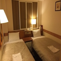 【エコノミーツイン】広さ13平米 シングルベッドを2台設置お値打ちにご宿泊したい方へ ※机無し
