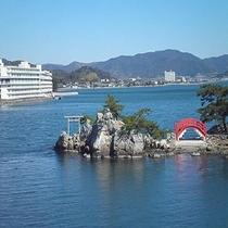 【浜名湖】ホテルから車で約1時間10分。日本では3番目の長さとなる湖です。