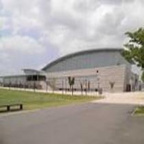 【ウィングアリーナ刈谷】ホテルから車で約10分。設備・地球環境に配慮した総合体育館です。