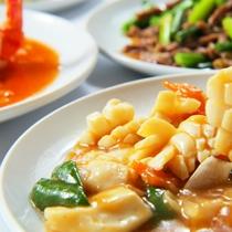 当館が自信をもってお出しする本格的な中国料理をお楽しみ下さい。