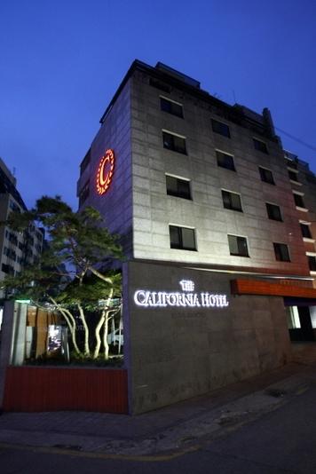 ザ カリフォルニアホテル瑞草 the california hotel seocho 宿泊予約