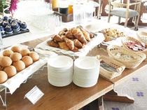 ホテルオニコウベの朝食バイキング