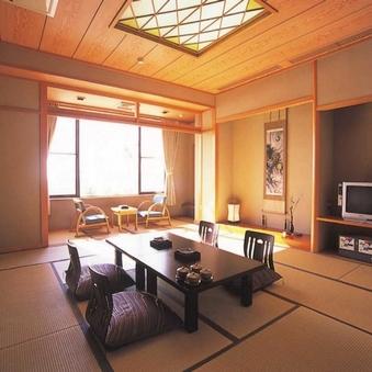 海を一望広々とした贅沢な和空間新館15畳和室坪庭付