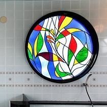 【4階大浴場】お風呂場のステンドグラスは当館オリジナルです。お疲れが癒されますように…