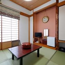 【和室_おひとり様タイプ】足を伸ばして寛げる和室は人気です。お風呂は4階へどうぞ