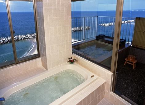 (和室13畳)日本海と大山を望む露天風呂付、ジャグジーバス付