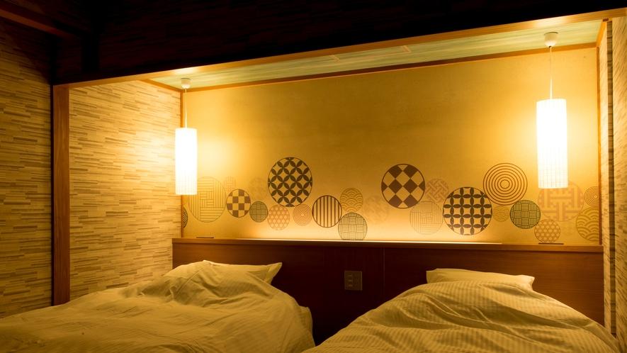 【高層階】和の心とホテルの快適さベッドから海を望むツイン50㎡