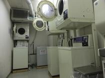 ☆コインランドリー☆24時間ご利用頂ける洗濯機・乾燥機がございます!洗剤等も無料でご利用頂けます!