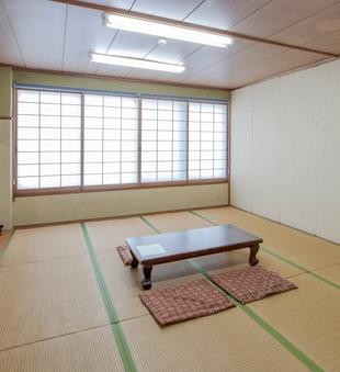 【喫煙】和室家族部屋(17.5畳)(バス・トイレなし)
