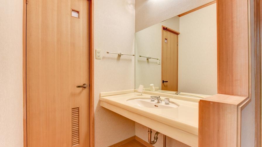 *和室12畳/洗面所完備