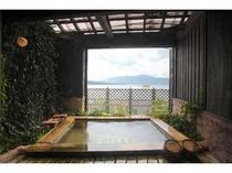 天橋立一望の露天風呂で温泉満喫