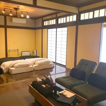 Room01-モダン和洋室【喫煙可能室】