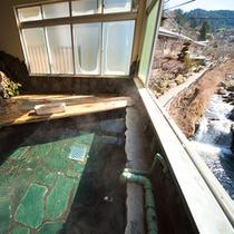 ■貸切大浴場■ 広々とした浴室を貸切で楽しむ。