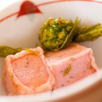 ■生麩とふきのとうの揚げ物■ ヘルシーな山里料理