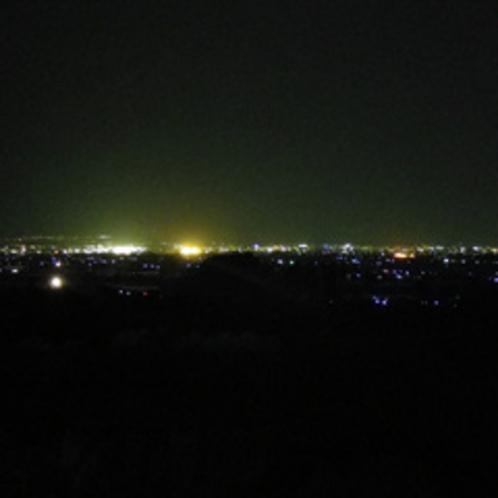 *和室からの眺め(夜)