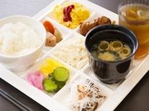 朝食一例(ご飯と味噌汁)