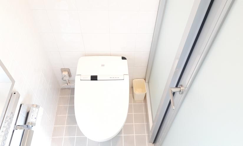 ■シャワーモデレートルーム トイレ①