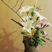 館内を彩る生花