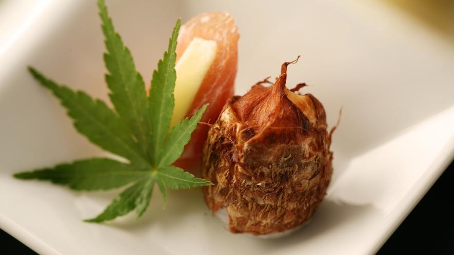 ◆創作料理イメージ◆地場の食材をふんだんに使い、身体に優しい味付けの品々をご堪能いただけます
