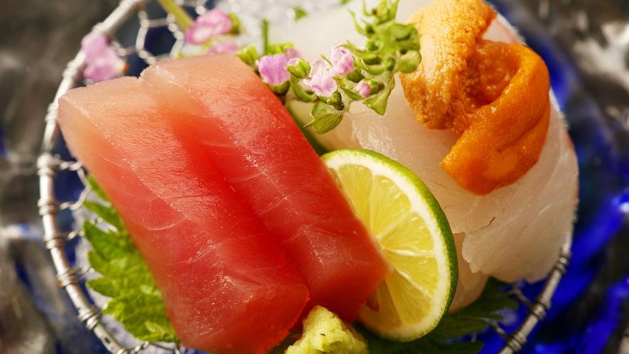 ◆お造り◆大海原を越えて獲れた海の幸は、脂ものって締まりも良好。九州の甘い醤油で召し上がれ