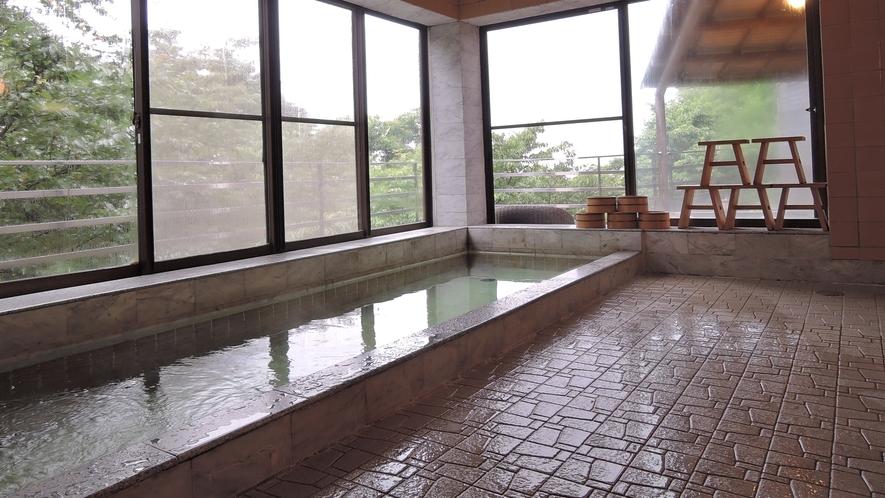 *【お風呂】ご入浴時間は15:00-23:00、6:00-9:00です。