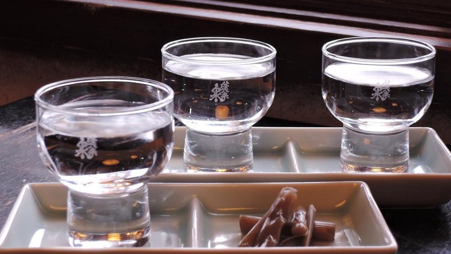 """*地元の日本酒""""蓬莱泉""""(ホウライセン)3種を呑み比べ♪"""