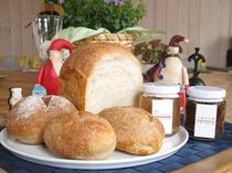 ホームメイド天然酵母パン