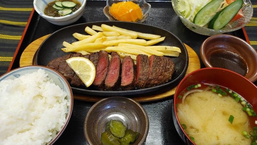 【夕食付】★居酒屋・南風★ 特製ステーキ定食付♪