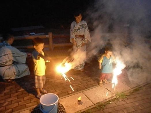 ファミリー歓迎!花火の特典付きで夏の夜満喫プラン