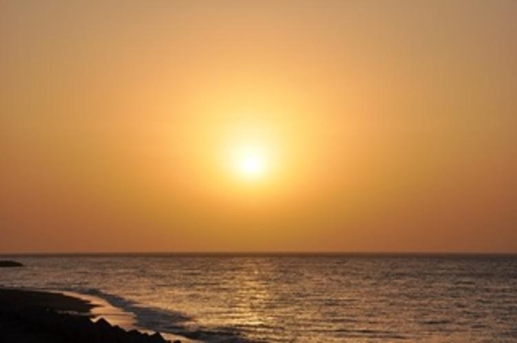 ヒスイ海岸の夕日