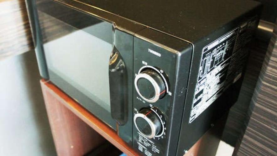 2階自販機コーナーに電子レンジ・製氷機を設置しております。