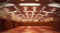 *バンケットホール「飛天」/250名様を収容する大宴会場です。