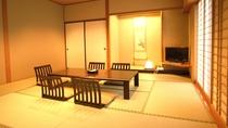 *和室/広さは和室42平方メートル、バス・トイレ付です。