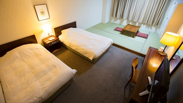 和洋室36平米(たたみ約6畳とベット2台のお部屋)【禁煙】
