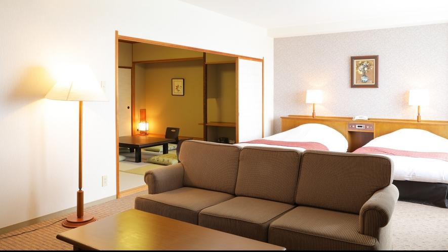【スイートルーム】広々スイートルームはリビングスペースもあるゆったり空間です♪