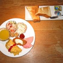 *食事処にて朝食のご用意も可能!(※別途有料)和定食または洋食を選べます♪