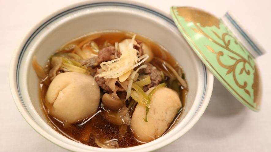*夕食一例/山形・秋の味覚「芋煮」