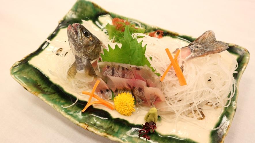 *夕食一例/ヤマメのお刺身