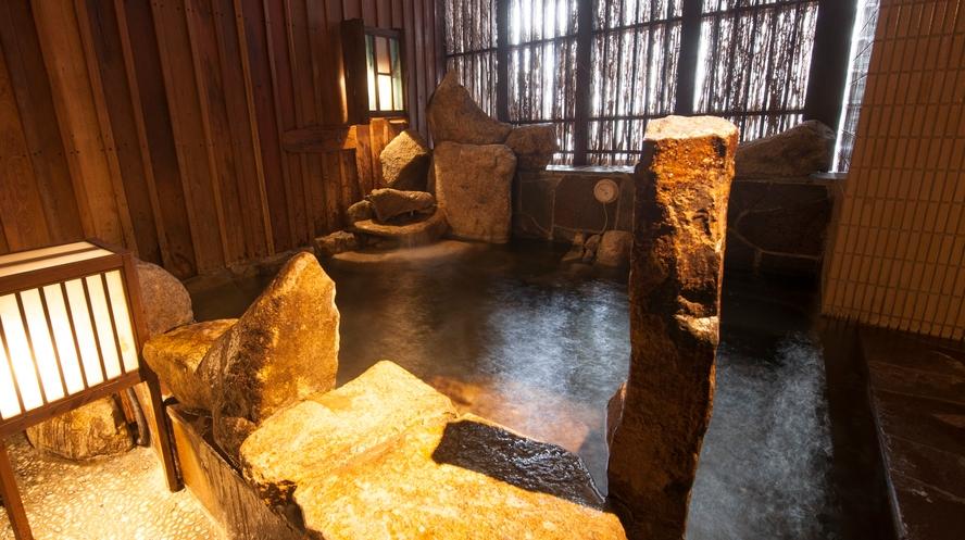 男性大浴場/外湯(温度:41~42℃)