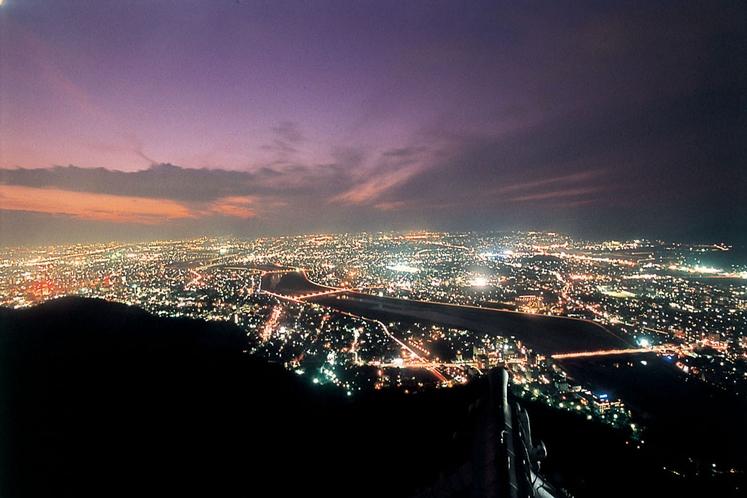 「岐阜城」からの夜景