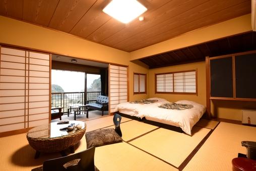 本館 海の見える和室10畳+縁側6畳