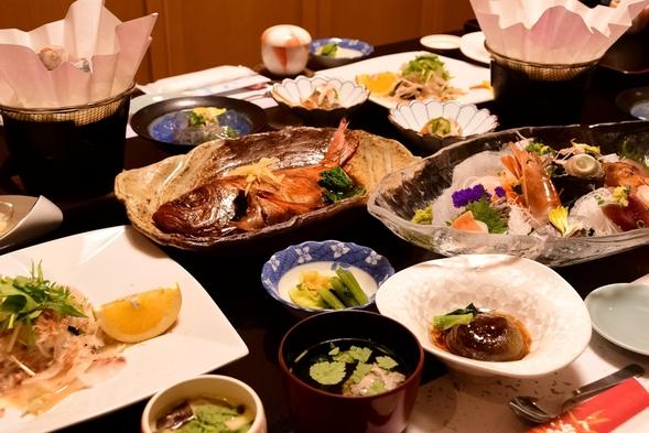 【スタンダード】2名から金目鯛の煮付け付!勝浦の磯料理と4種類のお風呂で温泉を満喫【首都圏☆春休み】