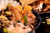 海鮮丼夕食一例